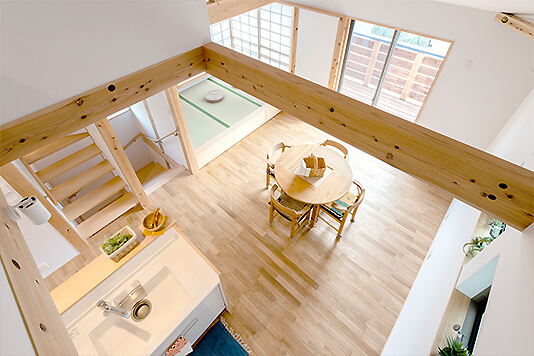 戸建て住宅ならでは!子供たちが伸び伸びと遊べる明るく開放的な空間になりました。