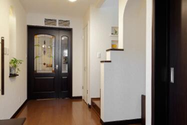 親と住んだ二世帯住宅を子どもと同居するため新たな二世帯住宅に